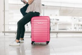 how to travel while pregnant
